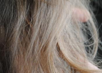anca-inainte-de-henna-mandala-blond-plus-aramiu