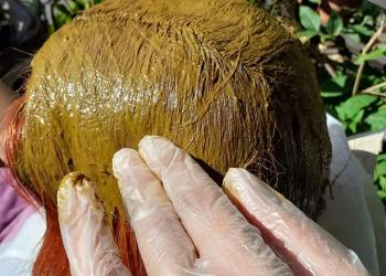 Aplicare-pe-par-vopsea-naturală-Henna-Mandala-min
