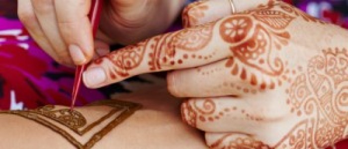 TUTORIAL VIDEO – Henna Mandala body art pentru tatuaje temporare