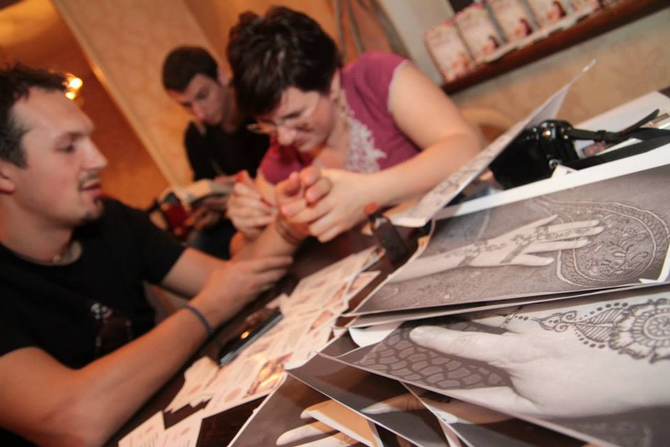 Henna Mandala la Cafepedia 1